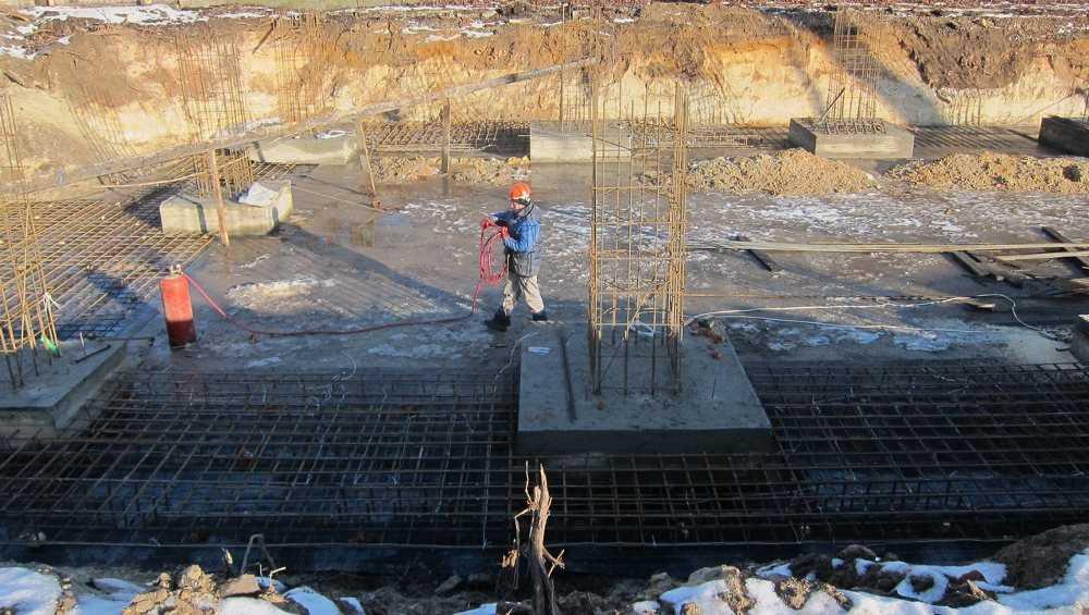 В Фокинском районе Брянска началось строительство бассейна