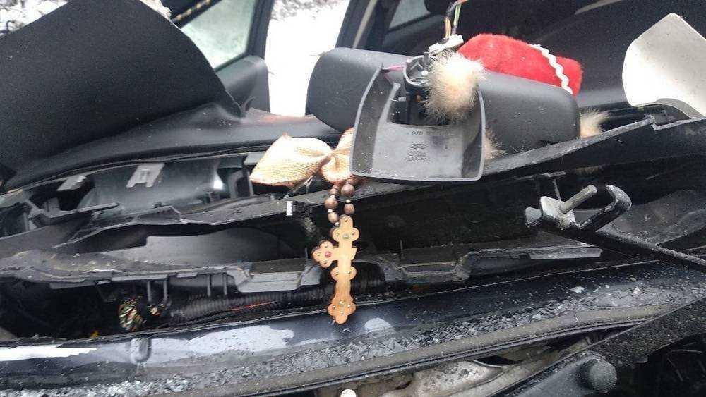 Появились фото убийственного ДТП под Брянском