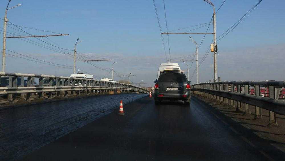 В Брянске за год отремонтируют 20 дорог