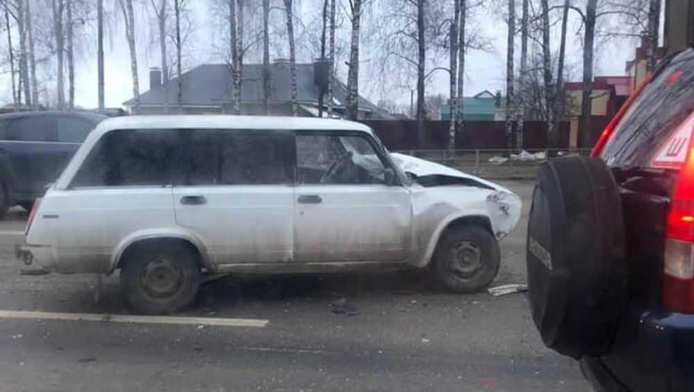 Под Брянском в Супоневе столкнулись два ВАЗа – есть пострадавшие