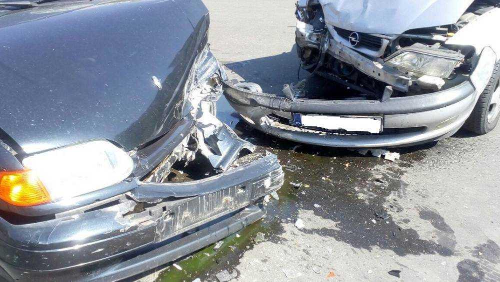 В Дубровском районе в тройном ДТП получили травмы двое пассажиров