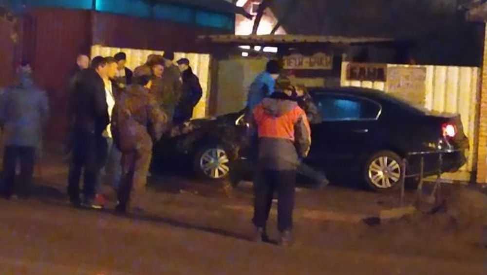 В Клинцах на улице Свердлова столкнулись две легковушки