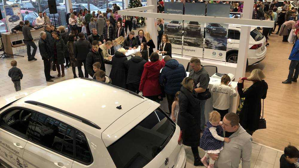 Автомобилист рассказал, за что возненавидел «Фольксваген центр Брянск»