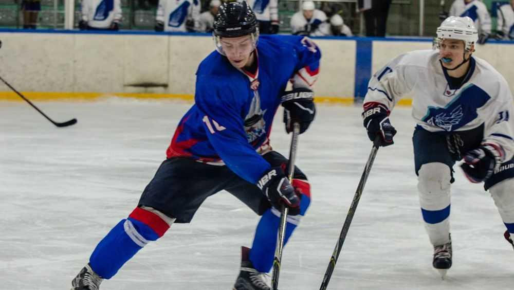 Брянские хоккеисты вырвали победу в Твери в овертайме