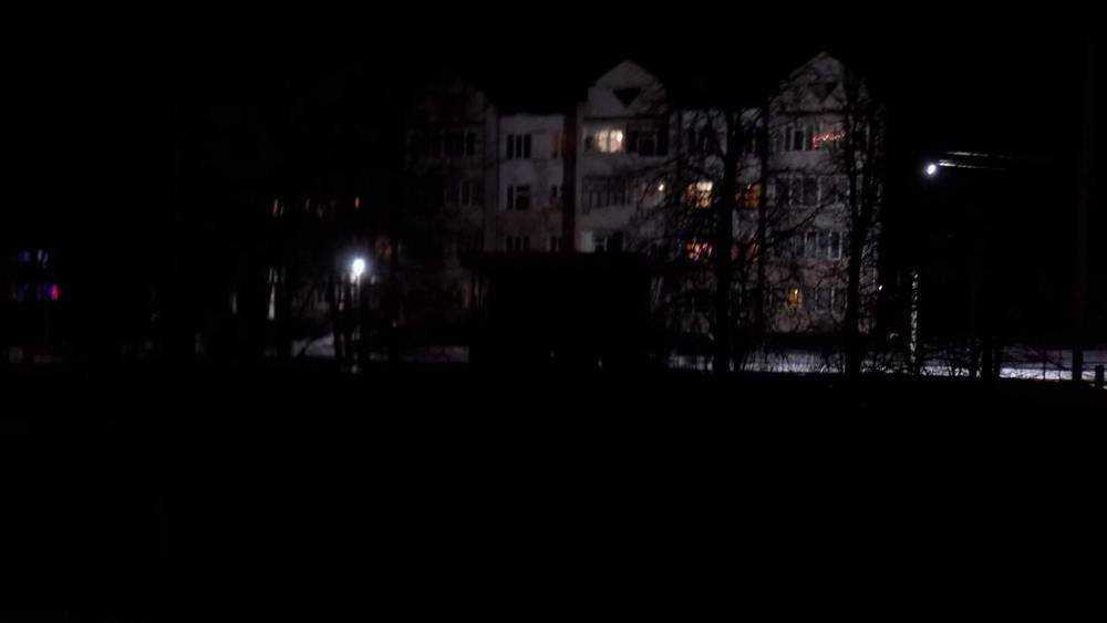 Пригород Брянска встретил Новый год и Рождество в кромешной тьме