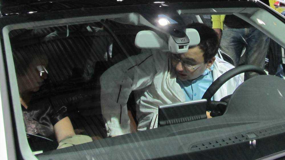Брянец рассказал, как его машину «довели» шумоизоляцией тулупного типа
