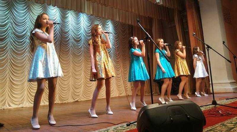 В Брянске прошел конкурс эстрадной песни «Юные голоса»