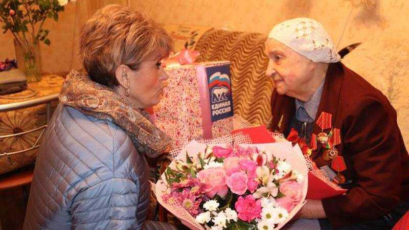 Брянская долгожительница Татьяна Хруцкая отметила 102 день рождения
