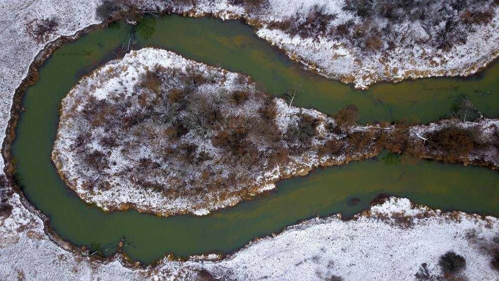 Калужане увидели варган в изгибе реки Неруссы под Брянском