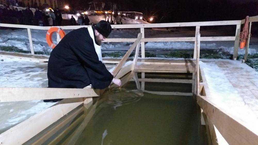 В Брянске Митрополит Александр совершил великое освящение воды