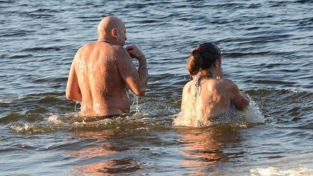 В Брянске из-за отсутствия льда границы купелей обозначат сеткой