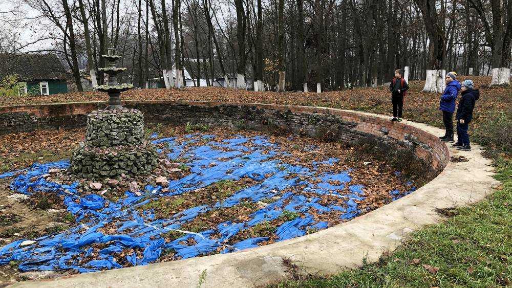 В брянском поселке Локоть нашли царский фонтан