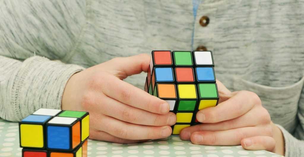 Спидкубинг — хобби для настоящих интеллектуалов
