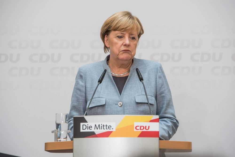 Как мигранты унизили Меркель