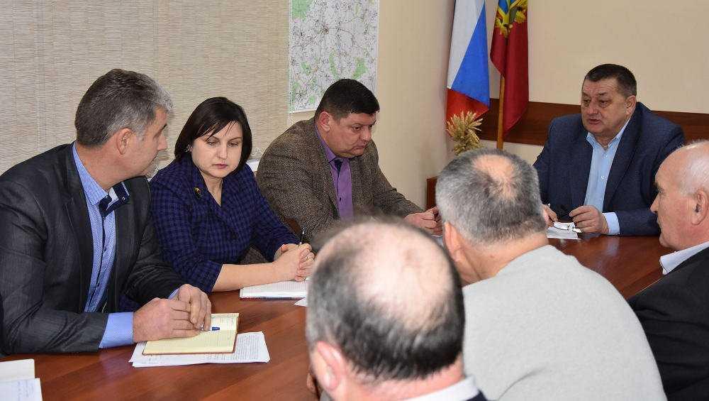 Вице-губернатор прописал Мглину чистую воду и благоустройство