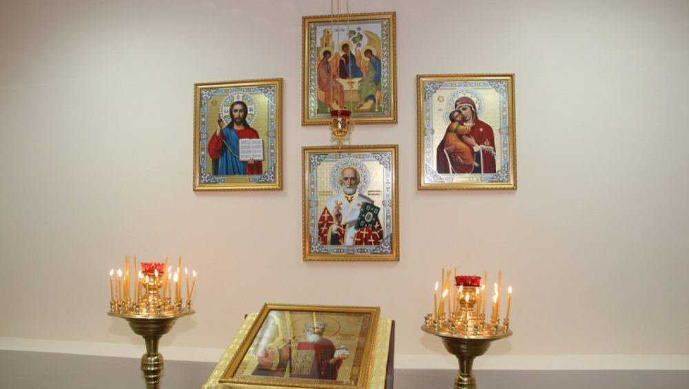 В здании УМВД Брянской области открыли молитвенную комнату