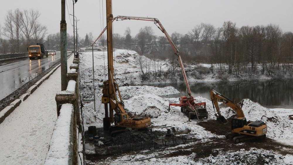 Мэр Брянска потребовал, чтобы новый Литейный мост был надежным