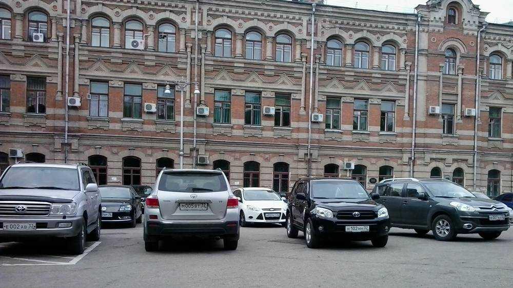 Брянцы скоро смогут купить блатной номер на машину за 10 млн рублей