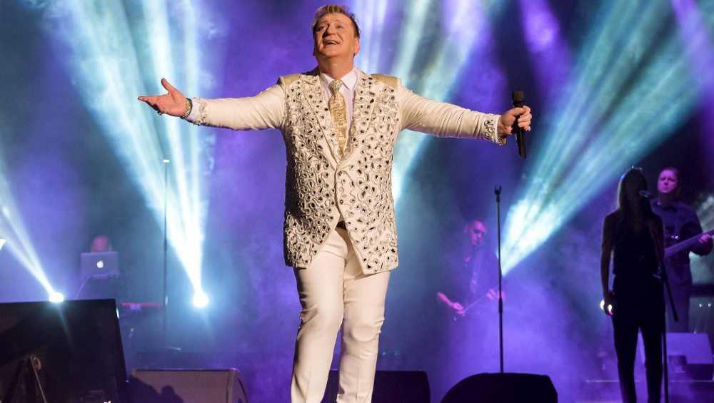 В Брянск приедет с концертом 59-летний Сергей Пенкин