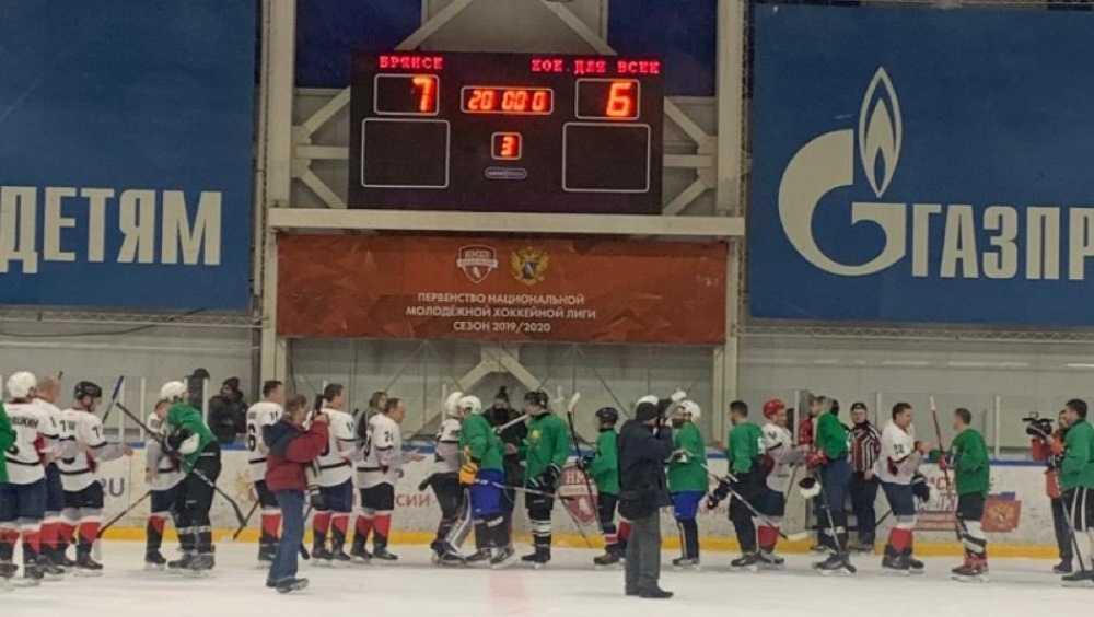 Команда брянского губернатора победила в благотворительном хоккейном матче