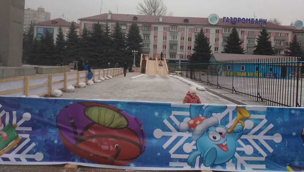 В Брянске жадные коммерсанты отрезали большую часть площади Партизан