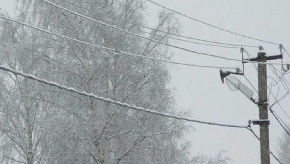 В Стародубском и Погарском районах восстановили подачу электричества