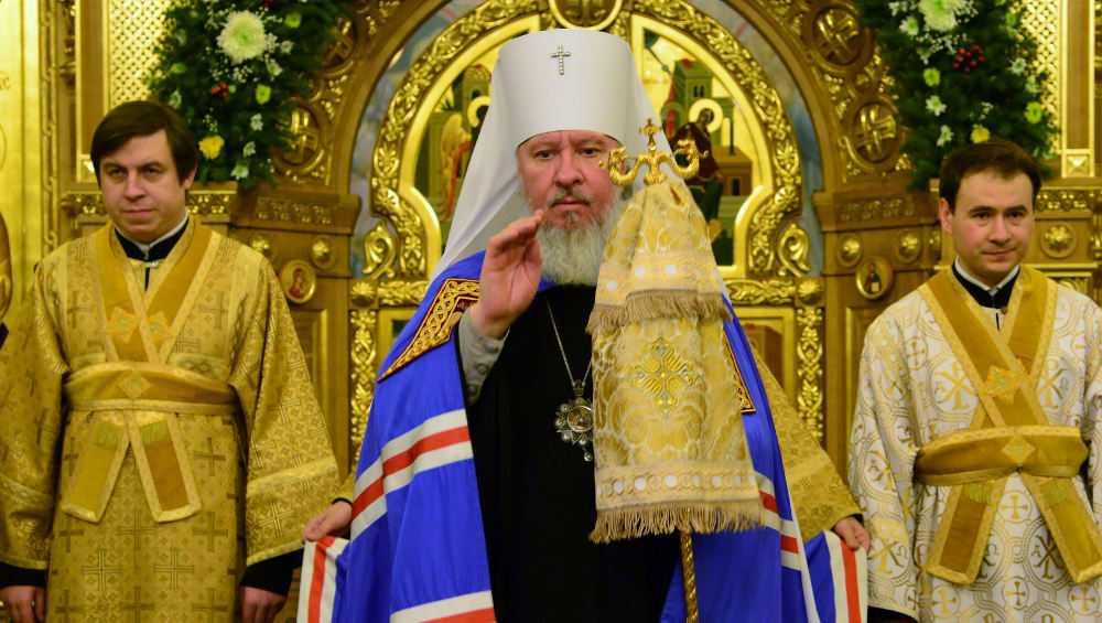 Митрополит Александр призвал брянцев не паниковать из-за коронавируса