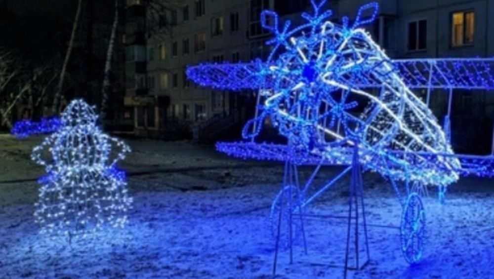 В Брянске на Авиационной улице загадочно исчез Снеговик