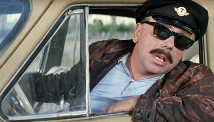 В Брянске таксиста наказали за гонки по встречной полосе