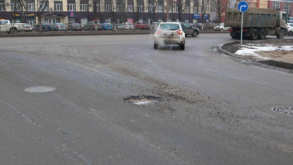 За некачественный ямочный ремонт в Брянске накажут дорожников