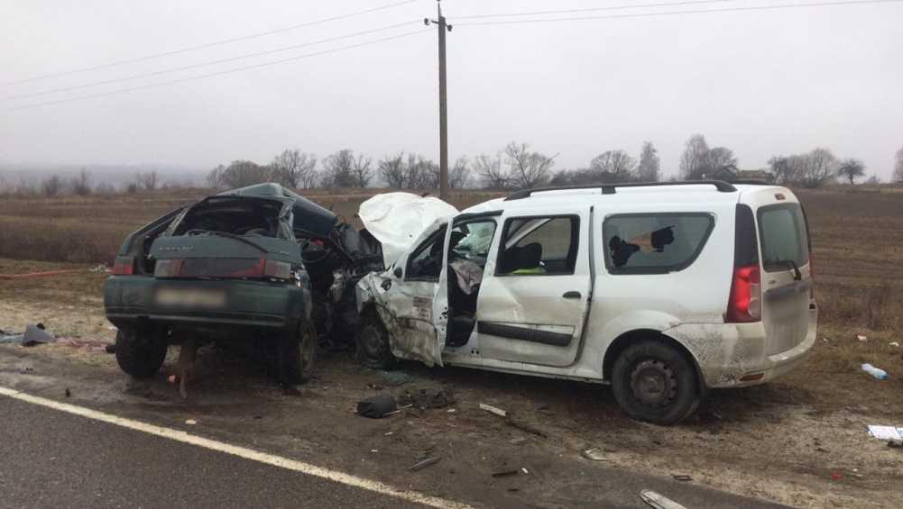 В жутком ДТП под Комаричами погибли мужчина и женщина