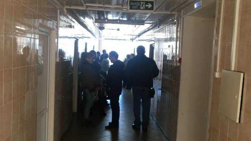В поликлинике Клинцов после скандала объяснили причину очередей