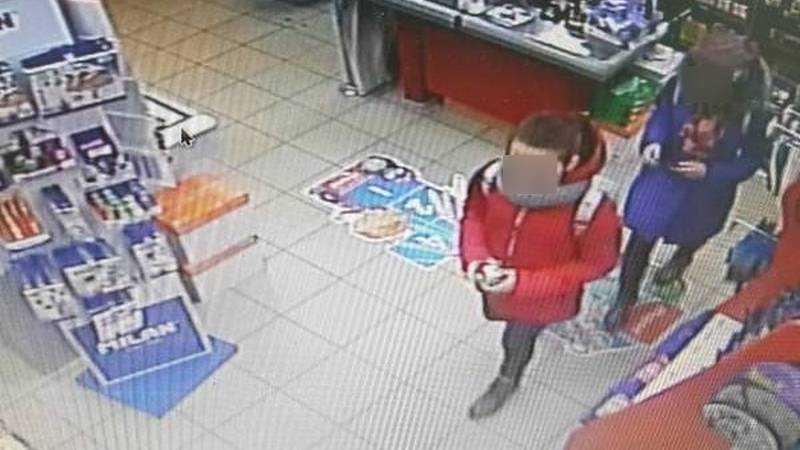 В брянском магазине двух девочек обвинили в краже