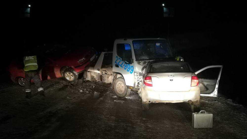 Убийственная катастрофа произошла ночью на брянской трассе