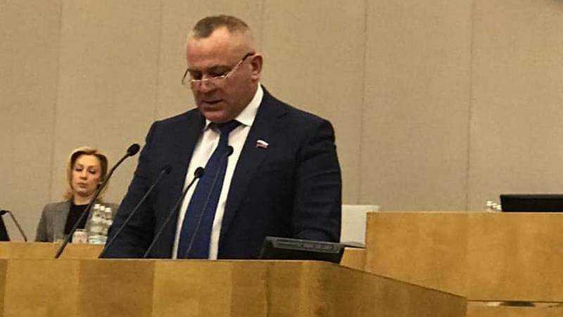 Брянский депутат Думы Суббот поддержал изменения закона о рыболовстве