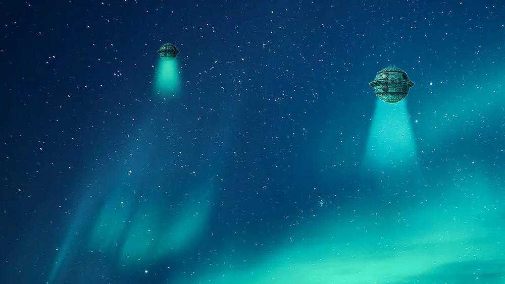Брянец заметил в ночном небе загадочные летающие объекты