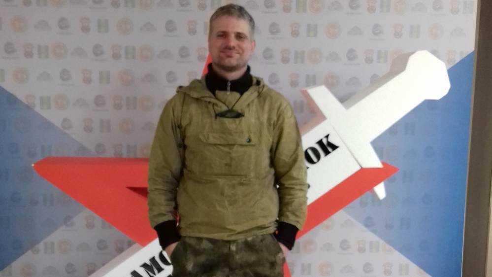 Брянский кузнец представит область на фестивале «Камский клинок»