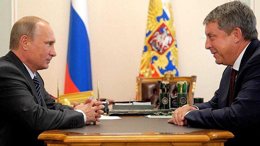 Президент по телефону поздравил с днем рождения брянского губернатора