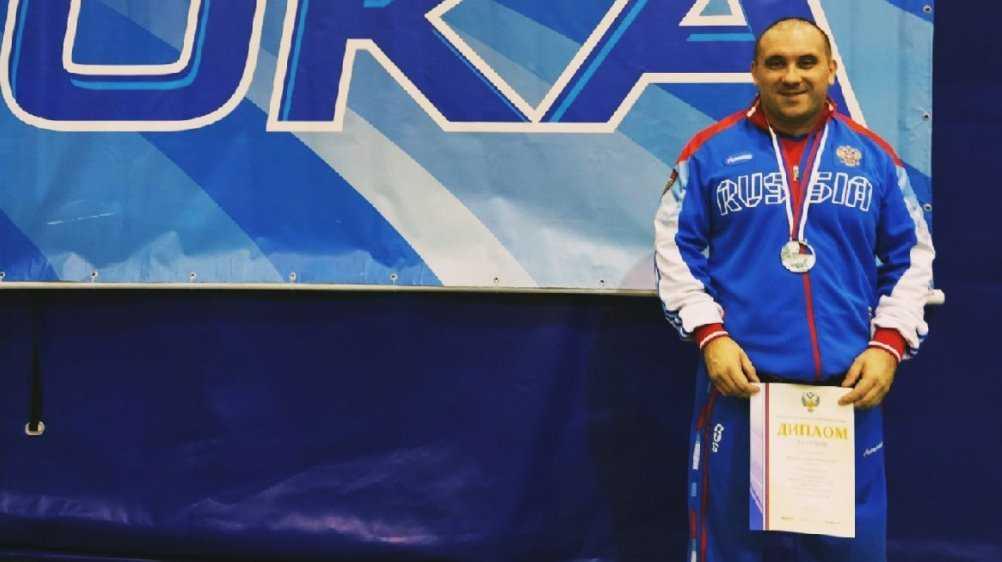Брянский силач стал серебряным призёром чемпионата России