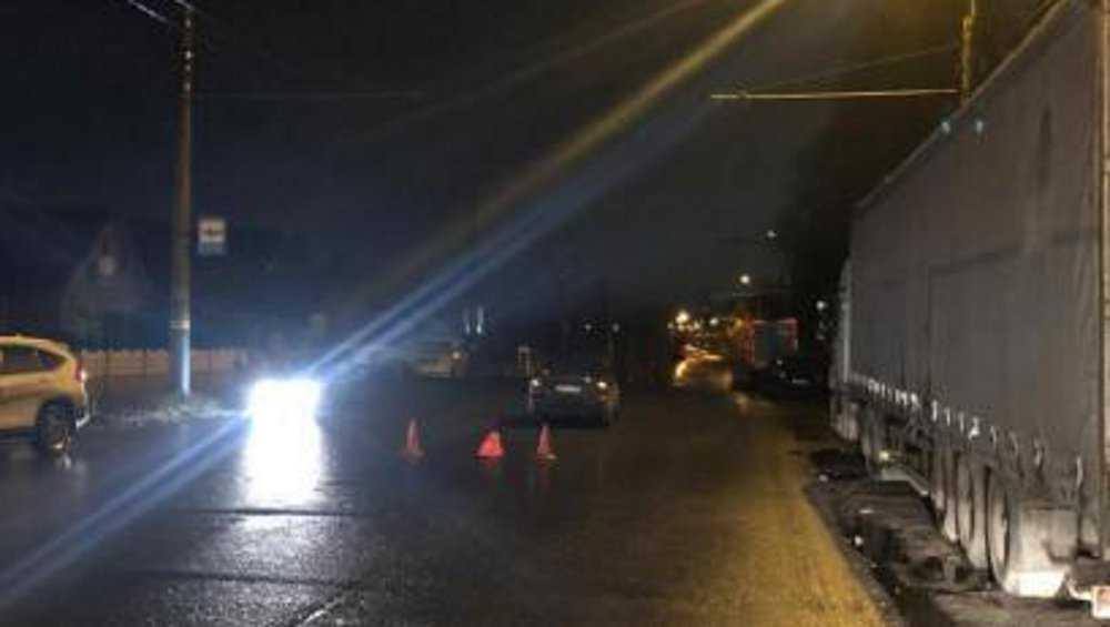 В Брянске водитель «Мазды» сбил пенсионерку на дороге