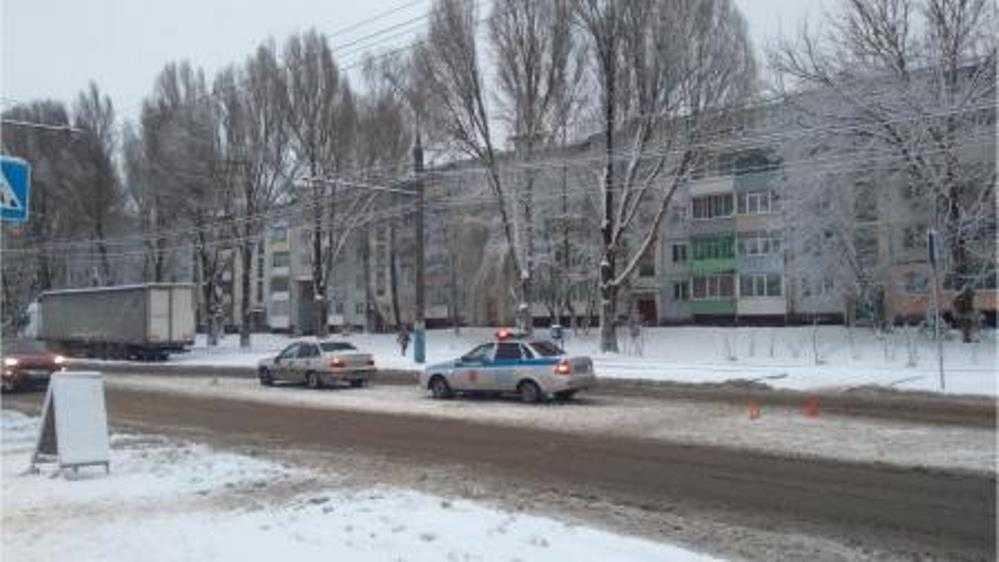В Брянске водитель Daewoo на «зебре» сбил 16-летнего подростка