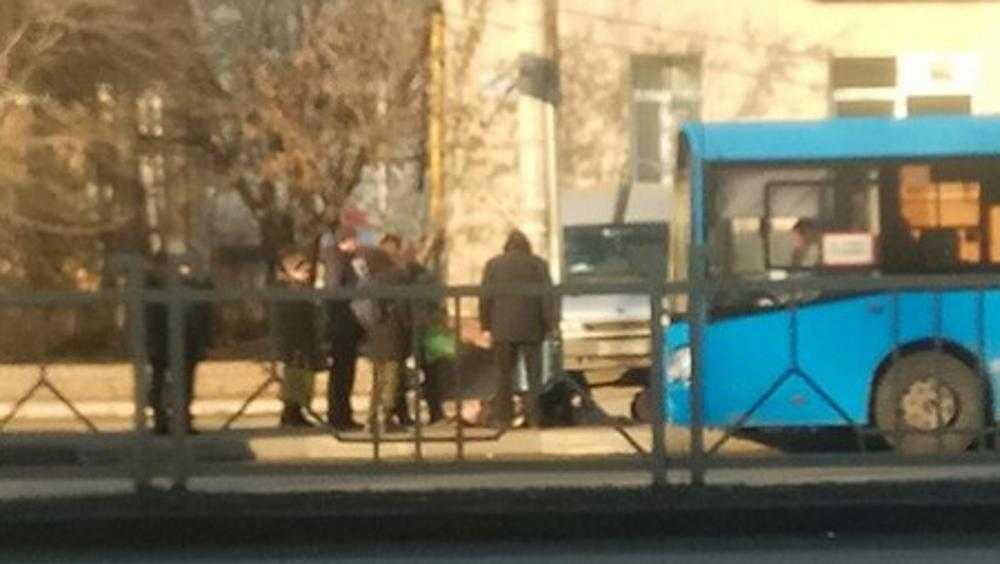 В Брянске на Московском проспекте автобус сбил мужчину