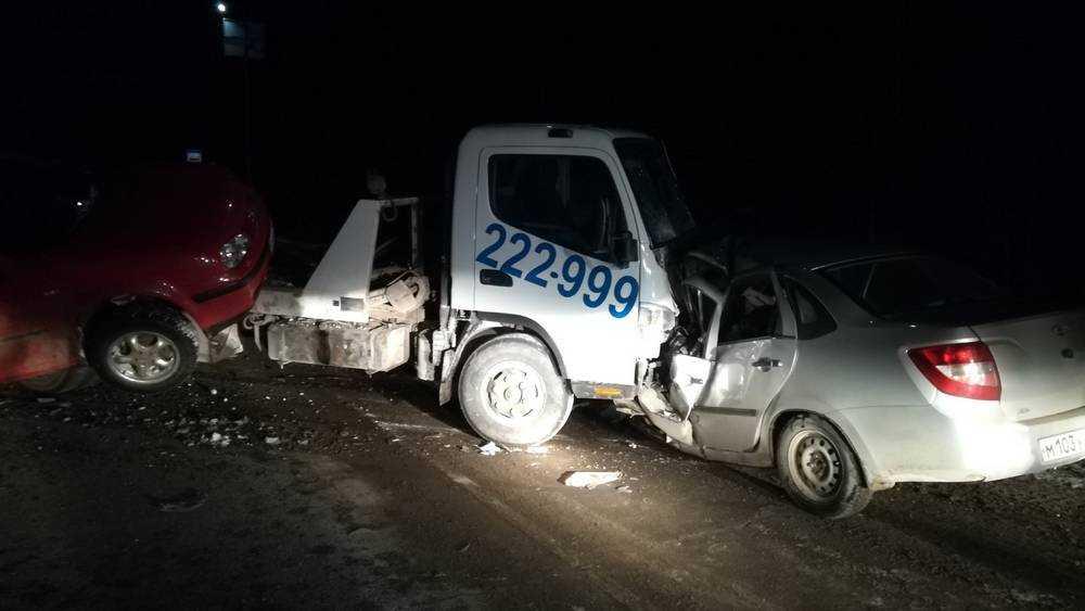 В трагическом ДТП на брянской трассе погиб 42-летний водитель
