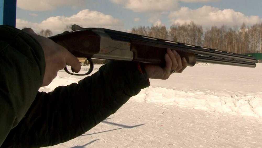 Житель Дятькова выстрелил в человека из двух стволов дробовика