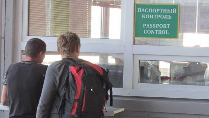 Украинец заплатит 200 тысяч за честного брянского таможенника