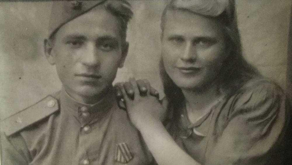 Брянские общественники поздравили 93-летнего фронтовика