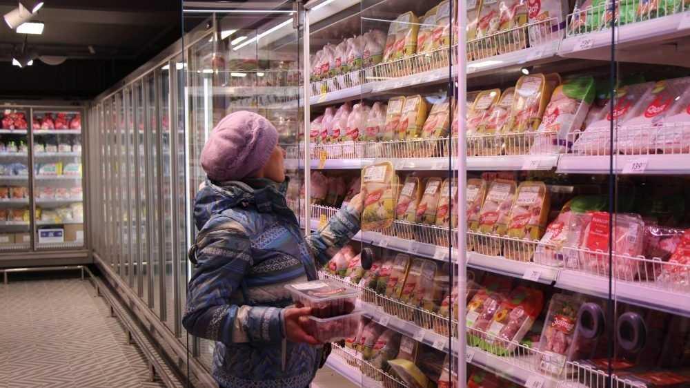 В брянских «Пятёрочках» снизят цены на хлеб, тушенку, чай и молоко