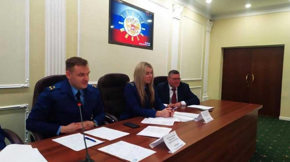 Брянский прокурор рассказал студентам об опасности наркотиков