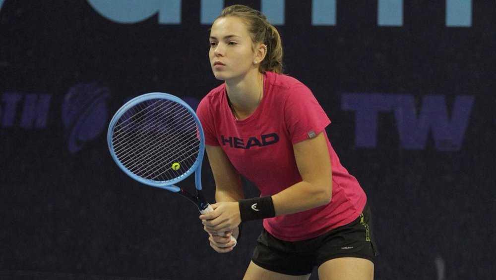 Брянская теннисистка Влада Коваль начала подготовку к чемпионату России