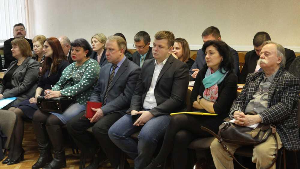 В Брянске бесплатно передали помещения 8 общественным организациям